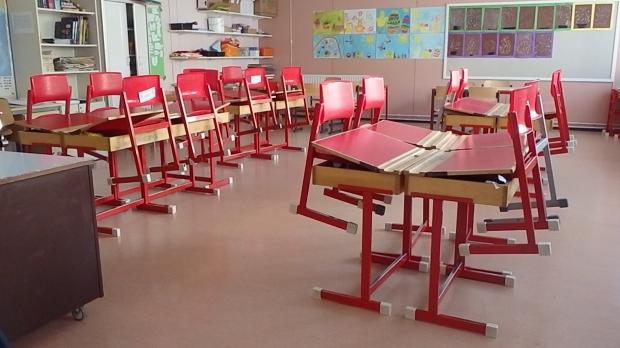 Neitsytlinnan koulun luokka