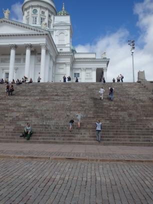 Helsingin tuomiokirkon portaat