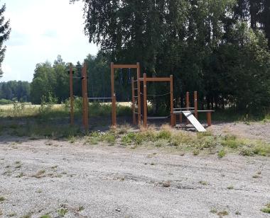 Koisjärven koulun kiipeilyteline
